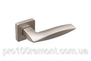 Ручка дверная на розетке GAVROCHE COBALTUM, фото 3