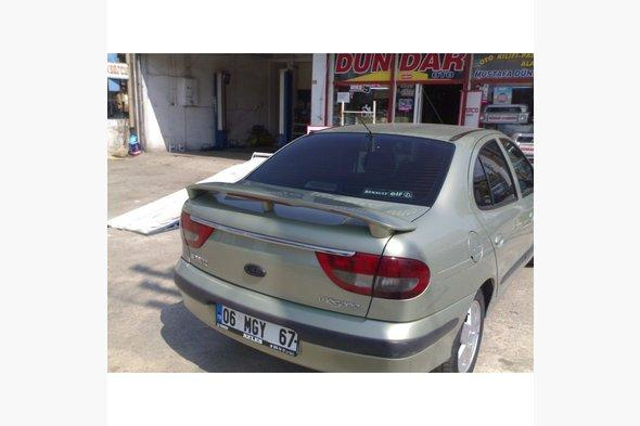 Спойлер Исикли (под покраску) Renault Megane I 1996-2004 гг.