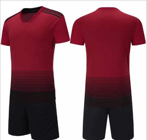 Футбольная форма ElitSport Milan (черная/красная)