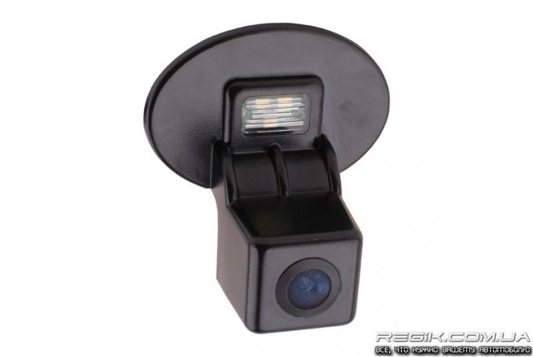 Штатная камера заднего вида RVG для Hyundai Accent (Verna) 2010+