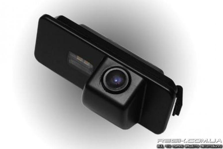 штатная камера заднего вида фольксваген пассат б6