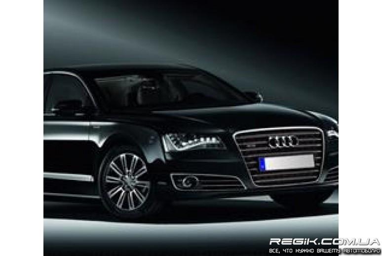 Защитные велюровые накладки на карты дверей для Audi A8 2011+