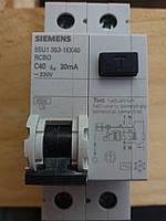 Дифференциальный автомат Siemens C40, 4,5kA, 30 mA, 1+N-P, тип AC (5SU1353-1KK40)