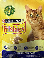 Сухой корм Friskies для стерилизованных кошек, с лососем и овощами, 10КГ