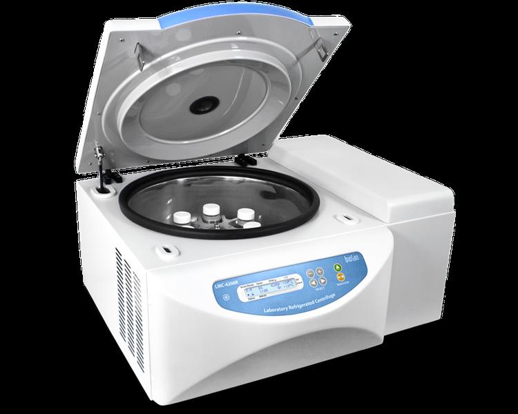 Центрифуга лабораторная с охлаждением LMC-4200R