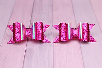 Бантики для волос на резинке детские в школу / украшение для девочки из экокожи 2 штуки Малиновые