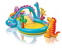 Надувной игровой центр Intex 57135 «Планета динозавров» с фонтаном и надувным кольцом