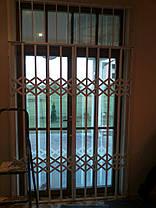 Раздвижные решетки совместно со стационарными решетками из квадрата 12*12мм, фото 2