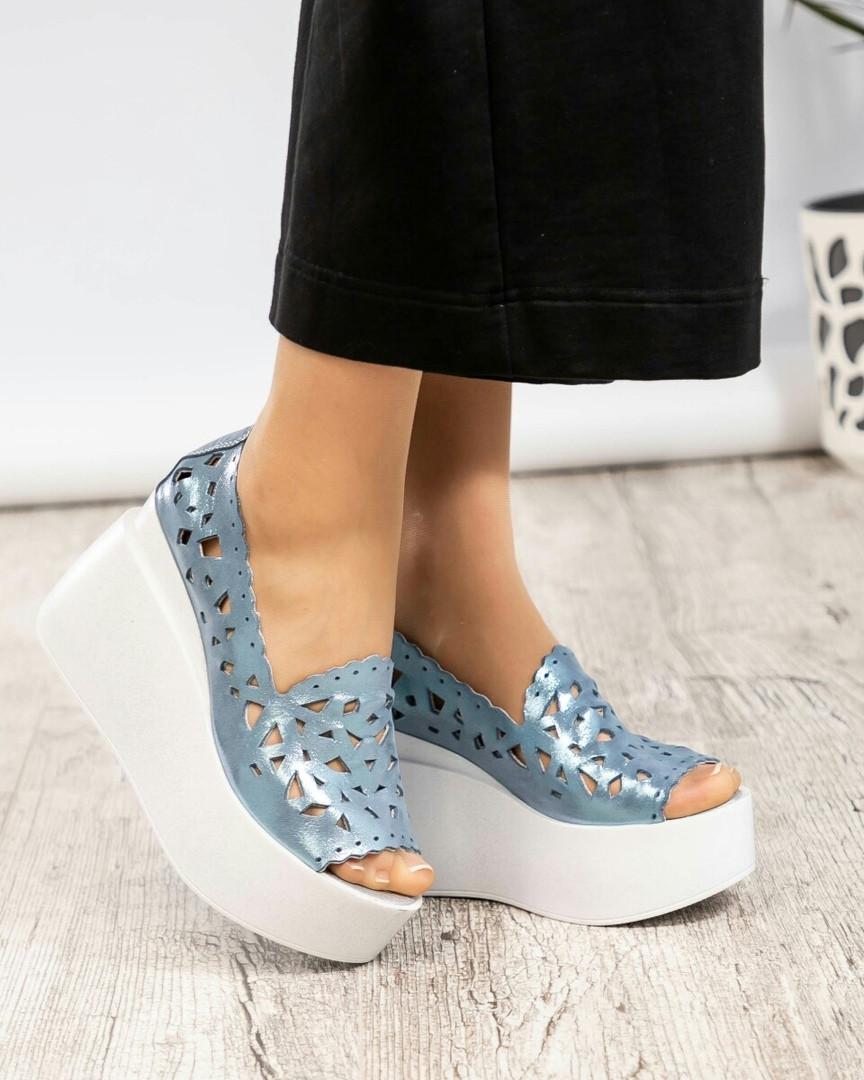 Туфли женские на платформе  голубые