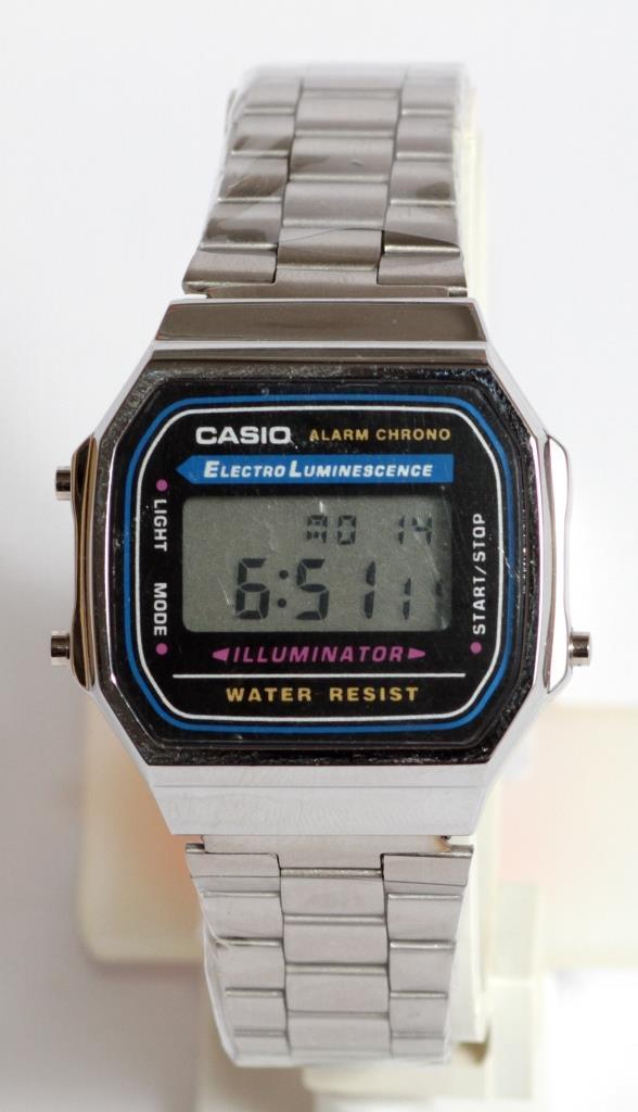 Наручные часы  A-168WA-1 с серебряным браслетом