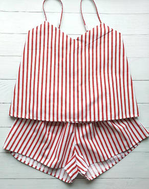 Женская пижама в красную полоску с майкой и шортами, фото 2