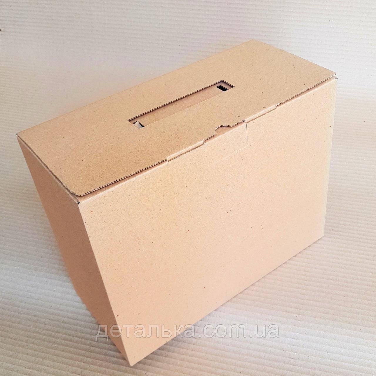 Картонные коробки с ручкой 302*138*238 мм.