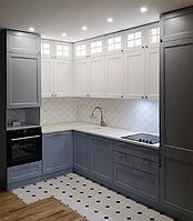 Кухня с деревянными фасадами в стиле Прованс