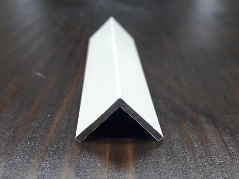 Уголок алюминиевый, бежевый 15х15х1,5