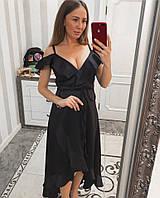Черное женское вечернее платье с декольте