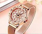 Розкішні жіночі наручні годинники красиві в стразах і каміннях з обертовим циферблатом ОПТ, фото 2