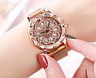 Розкішні жіночі наручні годинники красиві в стразах і каміннях з обертовим циферблатом ОПТ, фото 3