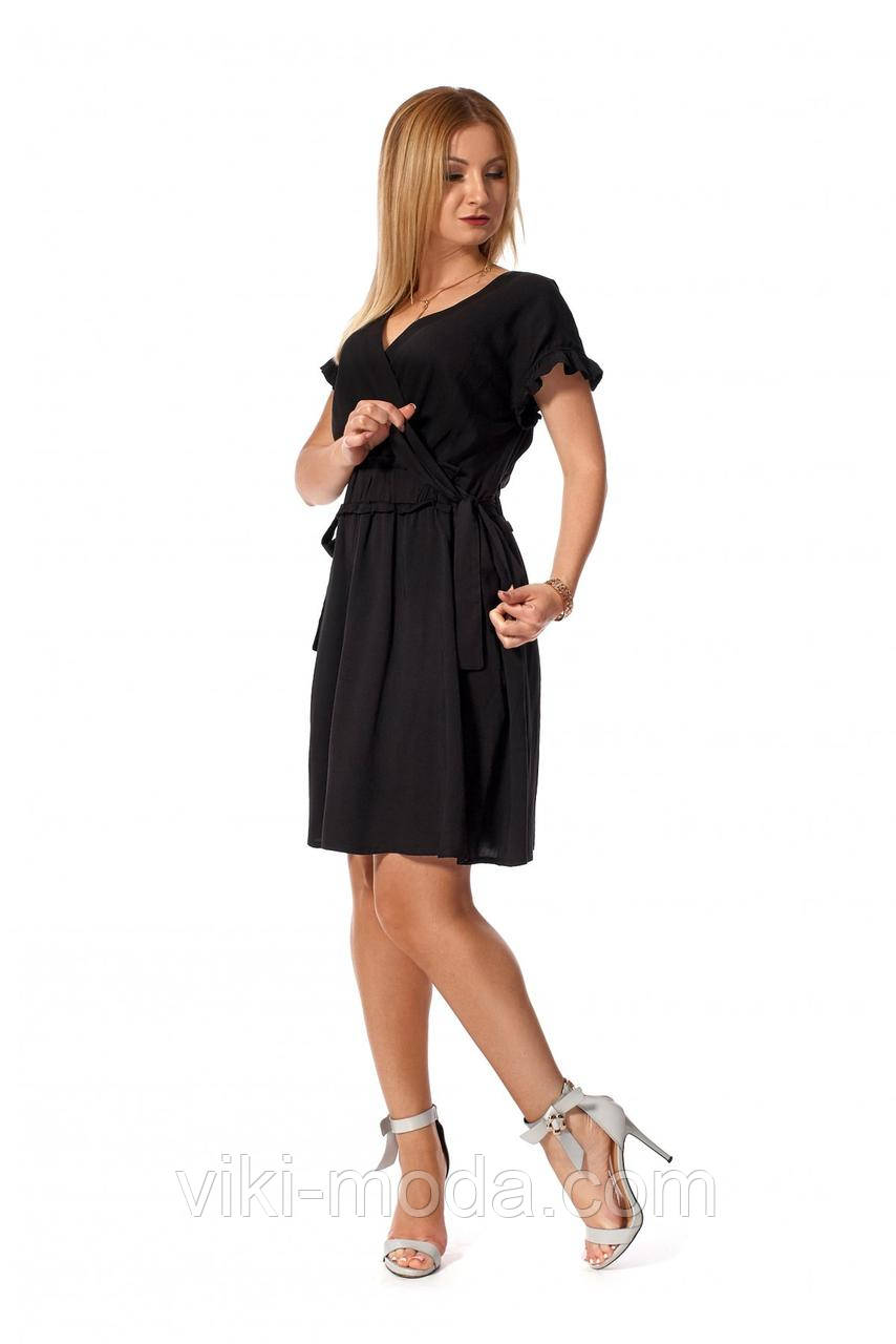 Повседневное, короткое платье с приспущенною линиею плеча из штапеля, черного цвета
