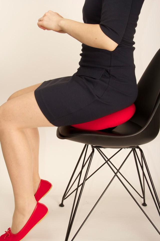 динамичный стул тренажер для спины