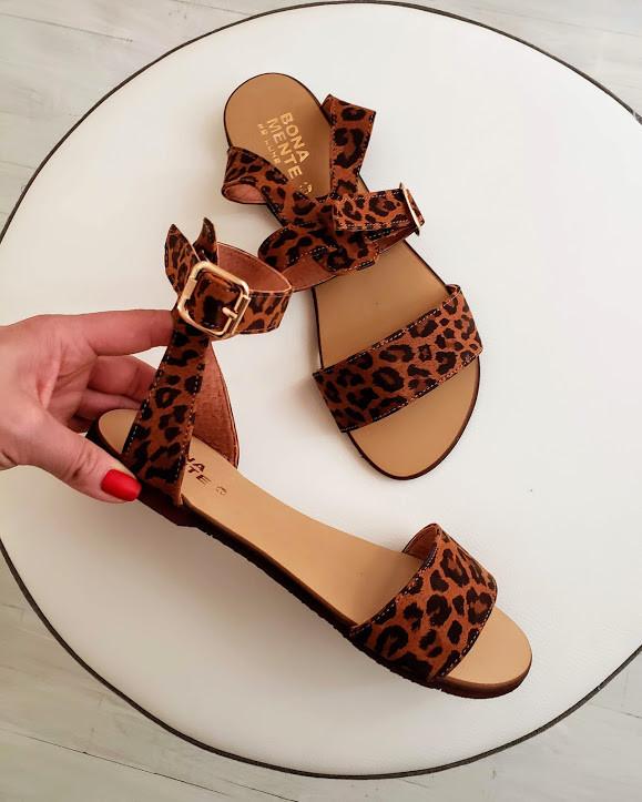 Женские кожаные босоножки сандалии на низком ходу (рыжий леопард)