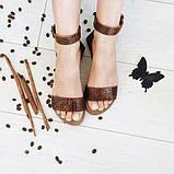 Женские кожаные босоножки сандалии на низком ходу (шоколад рептилия), фото 2