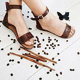 Женские кожаные босоножки сандалии на низком ходу (шоколад рептилия), фото 3