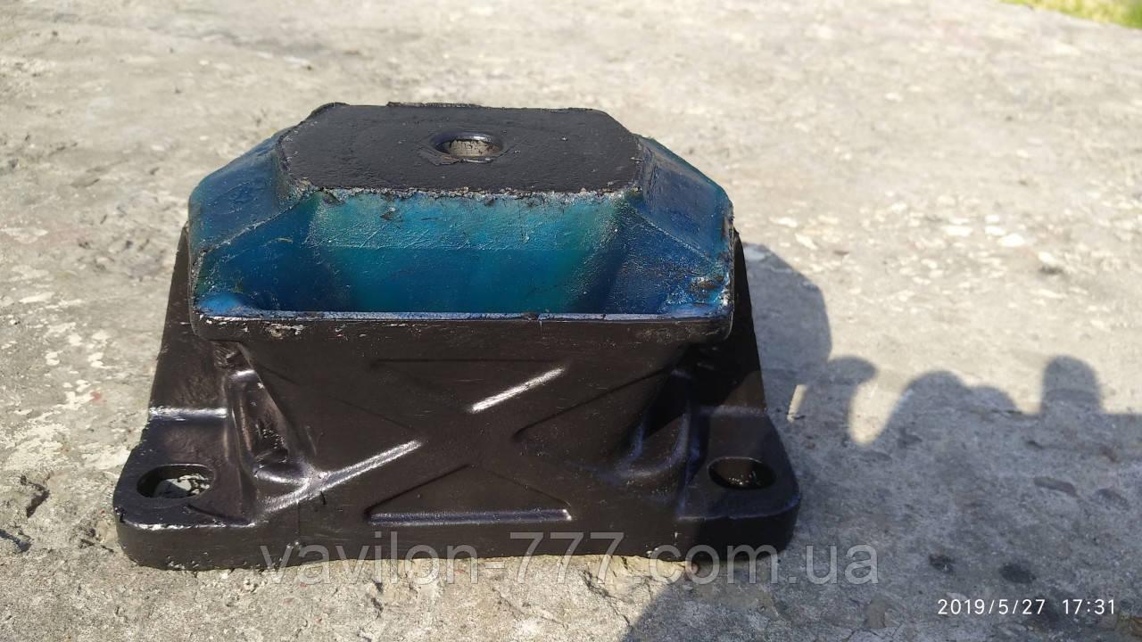 Подушка двигуна задня 0279892 DAF (реставрація)