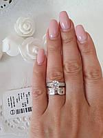 Широкое кольцо из серебра с крупным фианитом