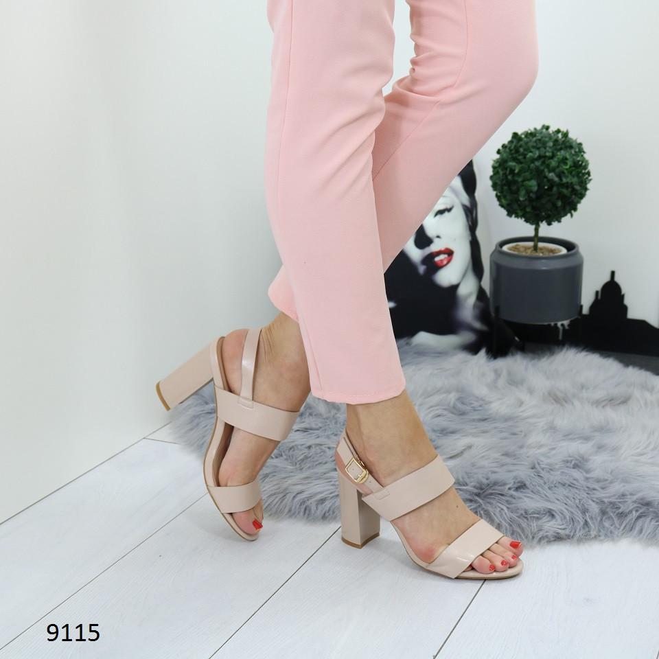 Женские босоножки на каблуке в бежевом цвете, искусственная кожа 37 ПОСЛЕДНИЙ РАЗМЕР