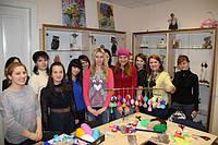 Студия куклы организовывает выездные корпоративные мастер-классы на различную кукольную тематику.