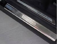 Накладки на пороги (НА ПЛАСТИК ) volkswagen touareg (2010 -    ) (фольксваген таурег), 4 шт. логотип, нерж.