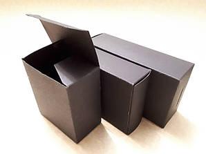 Коробки из дизайнерского и обычного плоского картона