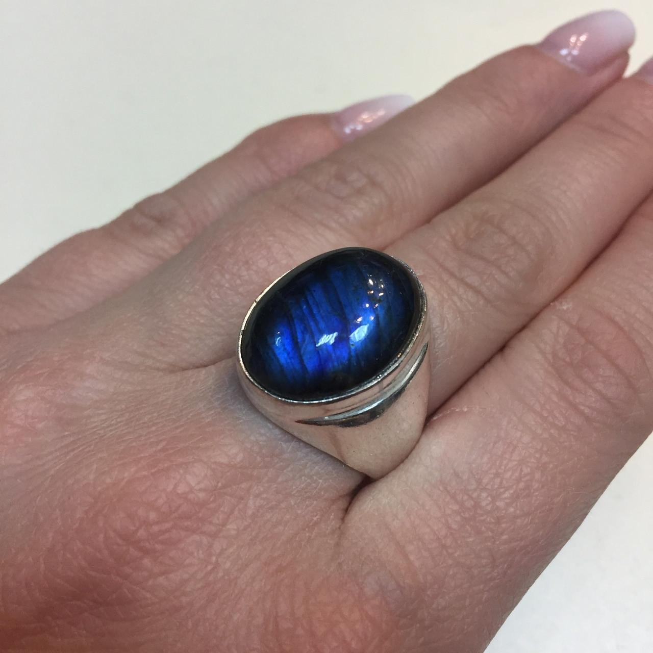 Лабрадор кольцо овальное с камнем лабрадор в серебре. Кольцо с синим лабрадором размер 18,5 Индия!