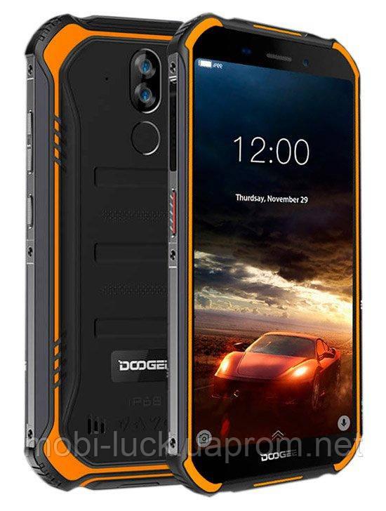 Противоударный телефон  Doogee S40   2 сим,5,5 дюйма,4 ядра,16 Гб,8 Мп,4650 мА\ч.IP68