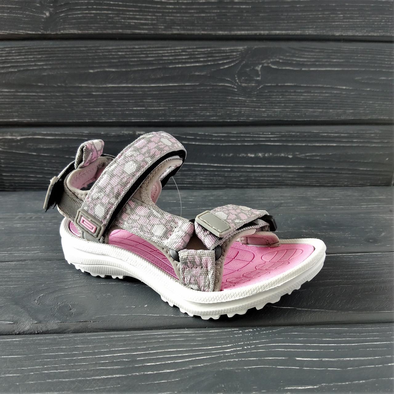 Спортивные сандалии от EeBb девочкам, р. 28(18 см)
