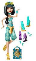 Кукла Монстер Хай Monster High Cleo De Nile Doll & Shoe Collection, Клео де Нил с коллекцией обуви., фото 1