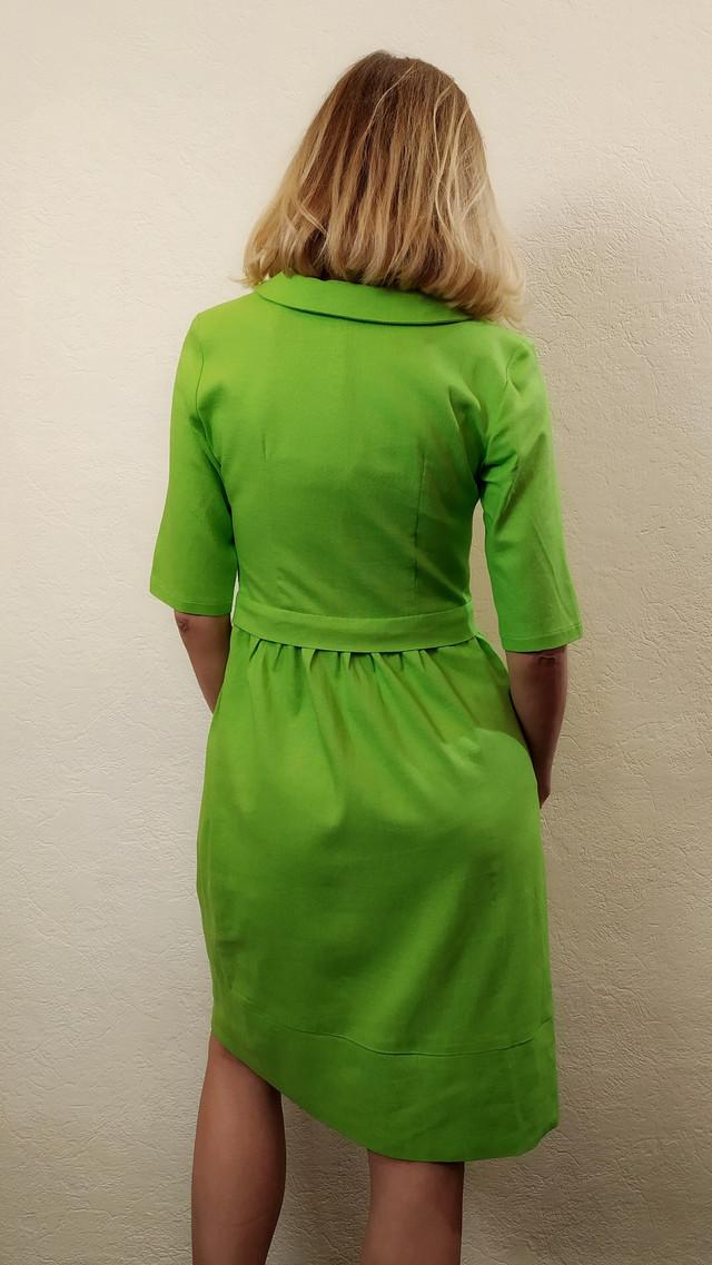 Летнее льняное зеленое платье с карманами П268