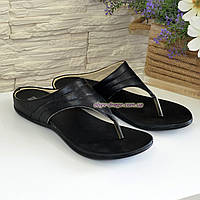 Женские кожаные шлепанцы-вьетнамки на низкой подошве, цвет черный. 40 размер