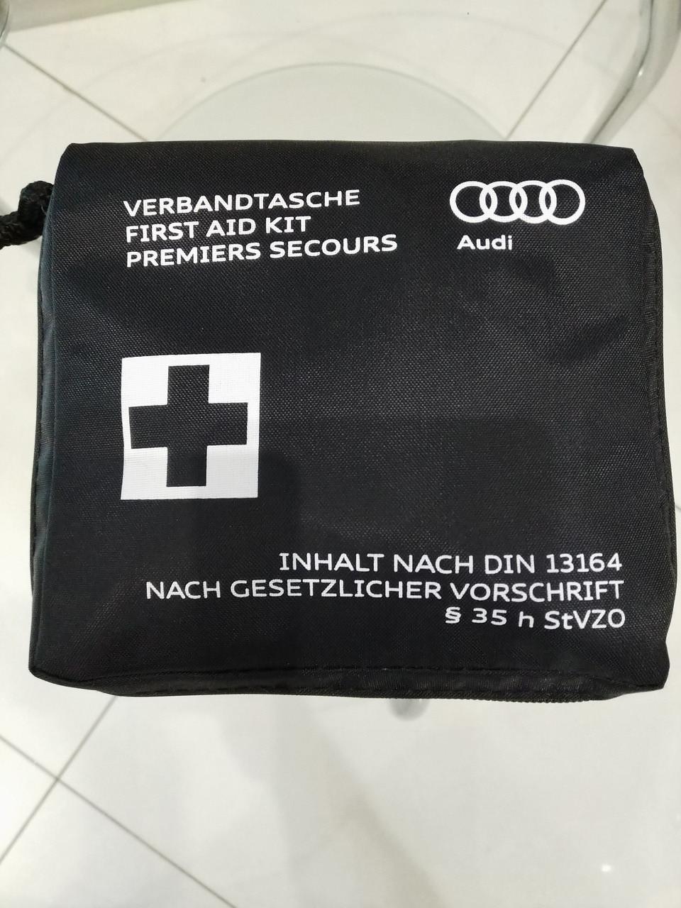 Аптечка AUDI в сумке Оригинал