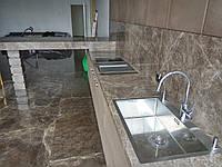 Кухонная столешница из натурального камня