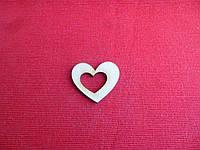 """Шильда """"сердце с вырезом"""" 4.5*4см (фанера)"""