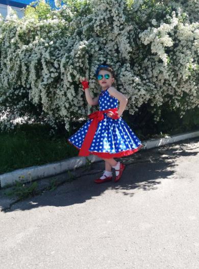 Детское платье в горох, универсальный размер.