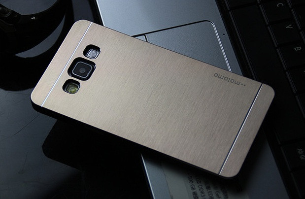 Чехол для Samsung Galaxy A3 motomo металлический