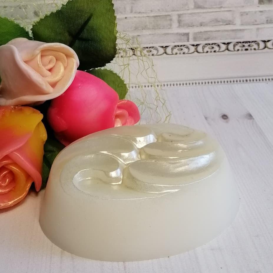Натуральное крем-мыло с козьим молоком и гидролизатом протеинов шёлка