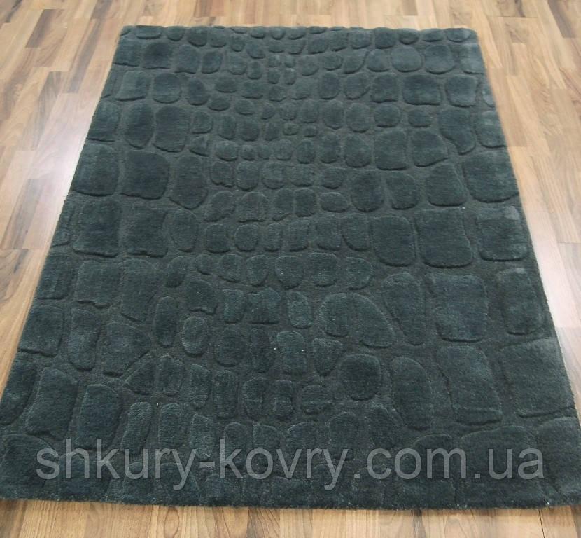 Темно серый однотонный ковер на пол, купить рельефные ковры
