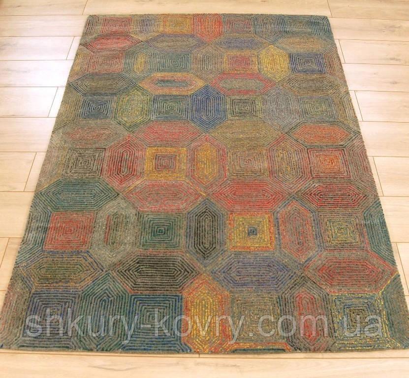 Необычные современные ковры из шерсти, купить шерстяные ковры Киев
