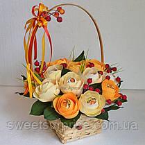 """Корзина с цветами из конфет """"Осенний вальс"""", фото 2"""