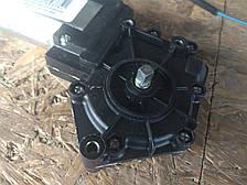 Мотор стеклоподъемника Приора Ваз 2170, 2171, 2172 правый КЗАЭ