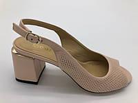 Босоножки на каблуке Guero пудра 470 кожа 37(р)