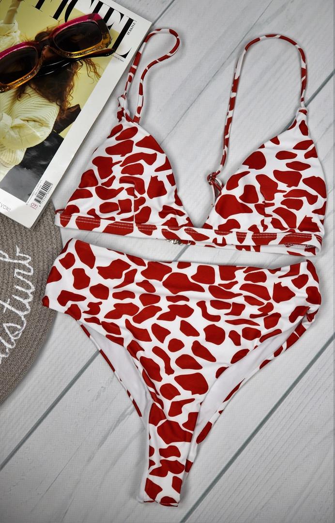 Красный раздельный купальник